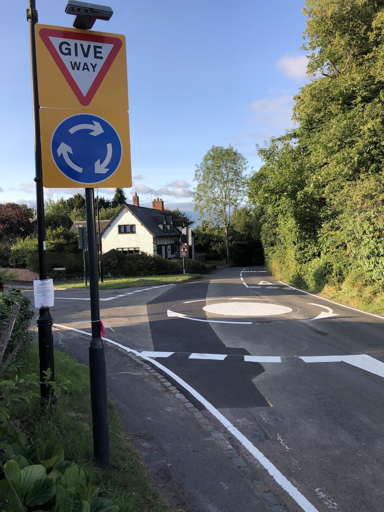 Oakley Wood Road pedestrian refuge & mini roundabout-min
